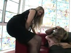 mother teaching daughter how to engulf wang 04