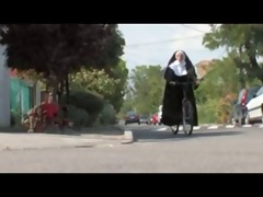 sister eustoit gets a full service